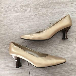 Ferragamo Heel Classic Pumps Gold Pointy Toe Low